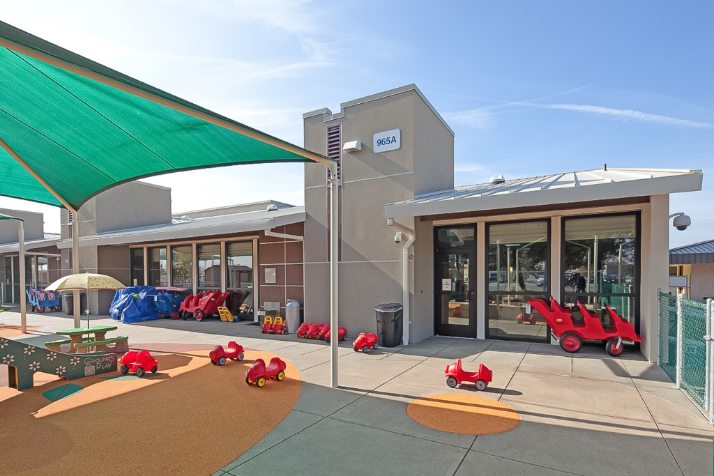 NAS-Lemoore-Child-Development-Center-domusstudio-educational-architecture-1