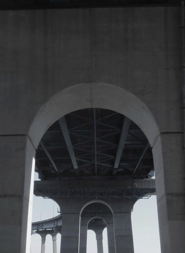 tube-coronado-bridge-domusstudio-public-architecture