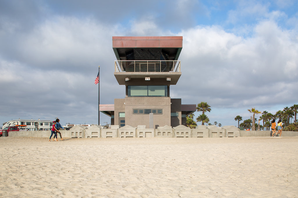 South Mission Beach Lifeguard Tower